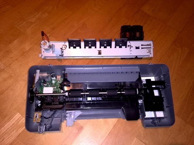 Printinghead linear rail removed