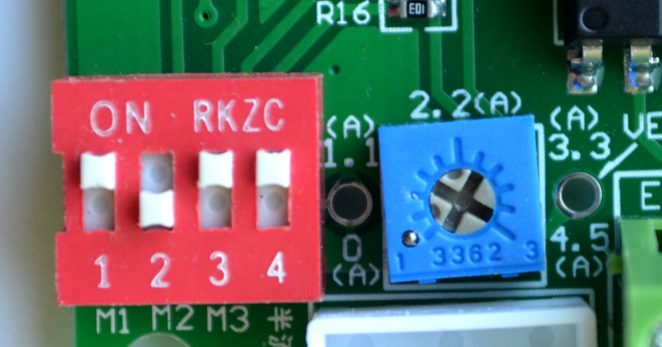 Microstepping and power limiting potentiometer